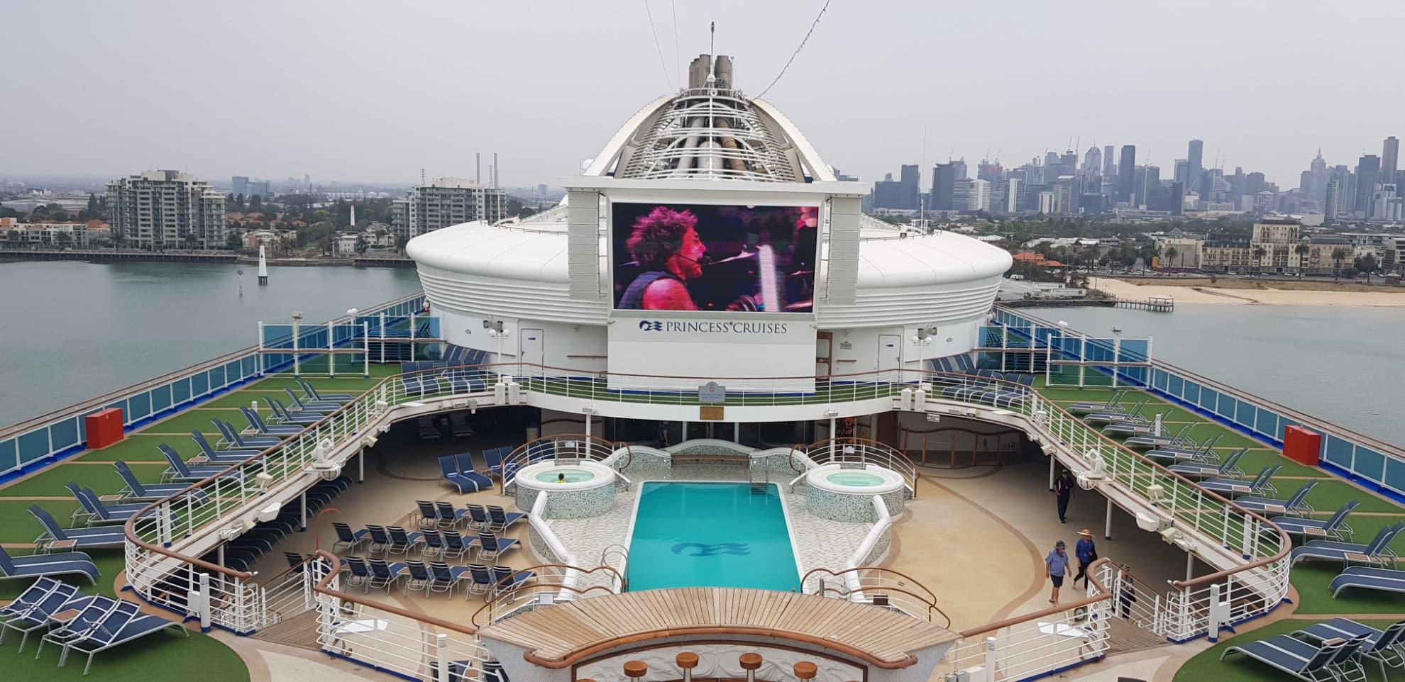 Cruise ship audio video