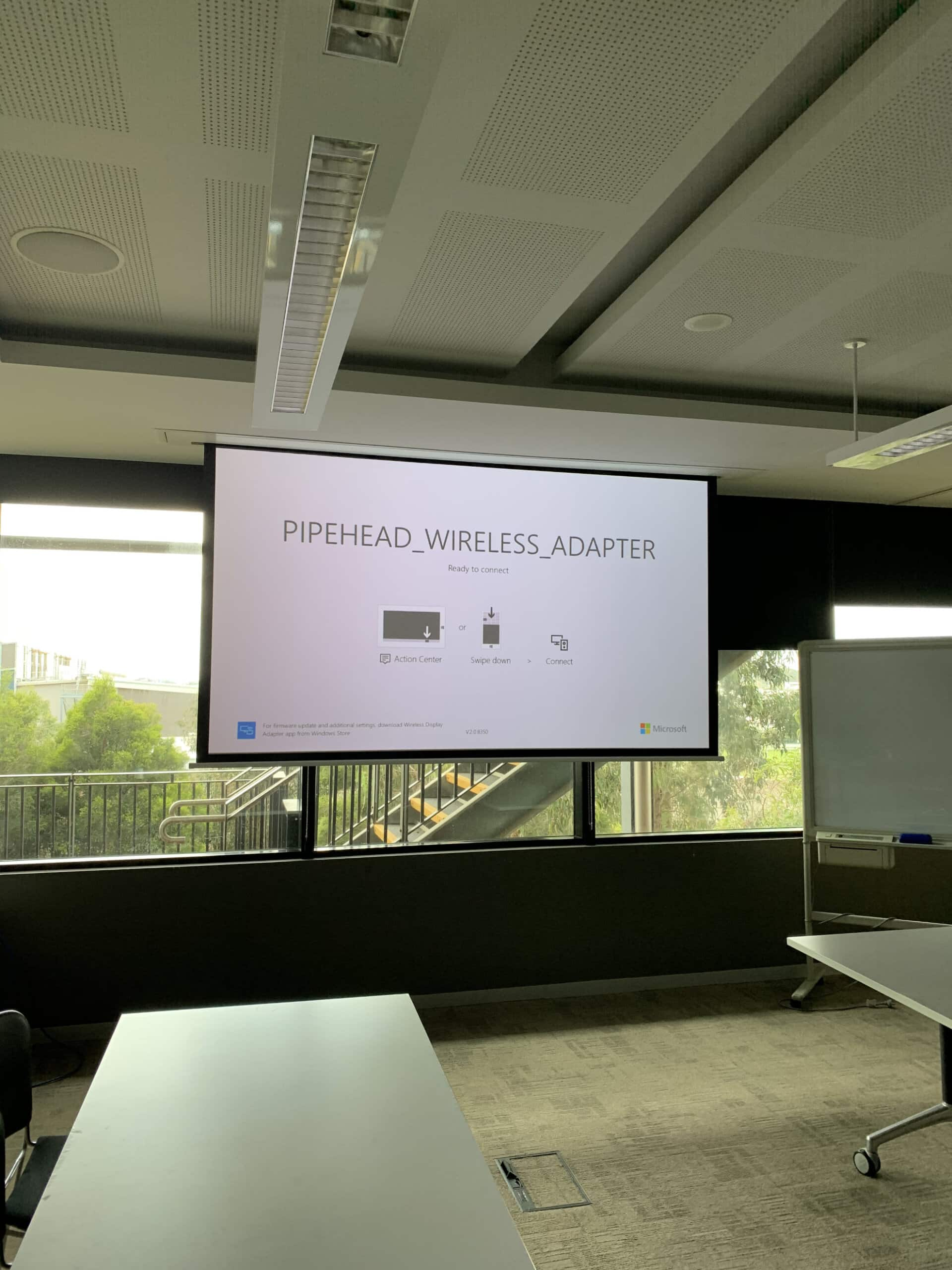 Projector screen with wireless
